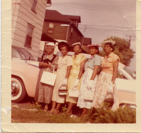 Mary (MawMaw), Alene, Tennessee, Zettie Bee, and Carrie Mother and daughters